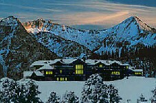 Chattel Mountain Lodge